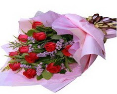 11 adet kirmizi güllerden görsel buket  Gölbaşı çiçek gönder cicekciler , cicek siparisi