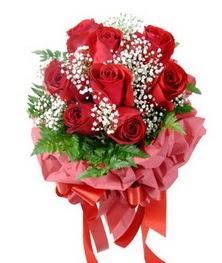 9 adet en kaliteli gülden kirmizi buket  Çiçekçi Gölbaşı çiçekçi mağazası