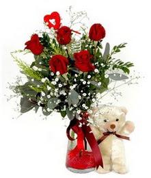 Ankara Gölbaşı internetten çiçek siparişi  5 adet kirmizi gül ve pelus ayicik kalp çubuk