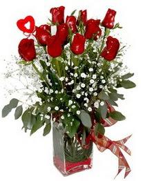 Ankara çiçekçi Gölbaşı İnternetten çiçek siparişi  9 adet mika yada cam vazoda gül tanzimi kalp çubuk