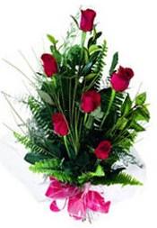çiçek siparişi Gölbaşı çiçekçiler  5 adet kirmizi gül buketi hediye ürünü