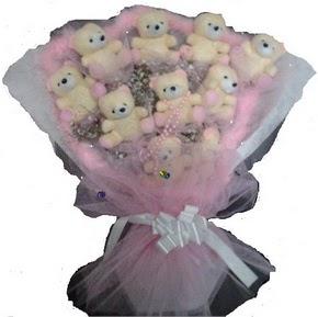 Gölbaşı çiçek kaliteli taze ve ucuz çiçekler  11 adet ayiciktan görsel bir buket