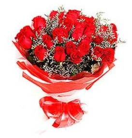 Gölbaşı çiçekçiler  çiçek siparişi sitesi  12 adet kırmızı güllerden görsel buket
