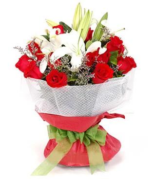 ankara Gölbaşı çiçek mağazası , çiçekçi adresleri  1 dal kazablanka 11 adet kırmızı gül buketi