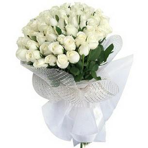 Çiçek yolla Gölbaşı internetten çiçek satışı  51 adet beyaz gülden buket tanzimi