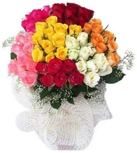 Gölbaşı anneler günü çiçek yolla  51 adet farklı renklerde gül buketi