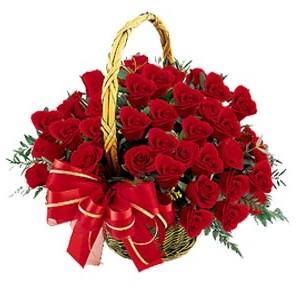 ankara Gölbaşı çiçek mağazası , çiçekçi adresleri  41 adet kırmızı gül sepeti aranjmanı
