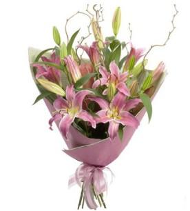 Ankaradaki çiçekçiler Gölbaşı cicek , cicekci  3 dal cazablanca buket çiçeği