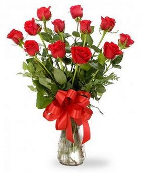 Gölbaşı çiçek online çiçek siparişi  12 adet kırmızı güllerden vazo tanzimi
