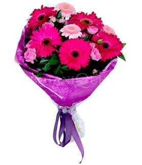 Gölbaşı çiçekçi güvenli kaliteli hızlı çiçek  karışık gerbera çiçeği buketi