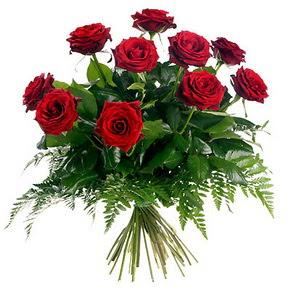 Ankara Gölbaşı 14 şubat sevgililer günü çiçek  10 adet kırmızı gülden buket