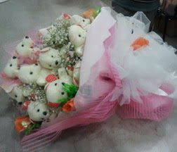 Gölbaşı çiçek yolla , çiçek gönder , çiçekçi   21 adet ayıcıktan ayı buketi