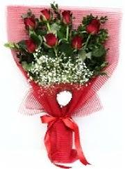 7 adet kırmızı gülden buket tanzimi  Gölbaşı Ankara çiçek yolla