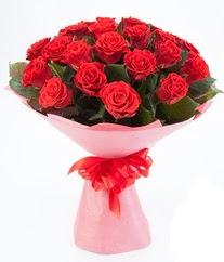 15 adet kırmızı gülden buket tanzimi  Gölbaşı çiçekçi güvenli kaliteli hızlı çiçek