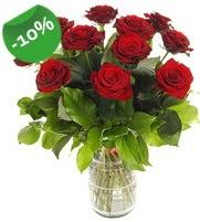 11 adet vazo içerisinde kırmızı gül  Gölbaşı ankara çiçek gönderme sitemiz güvenlidir