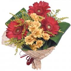 karışık mevsim buketi  Gölbaşı çiçek kaliteli taze ve ucuz çiçekler