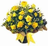 Gölbaşı çiçek online çiçek siparişi  Sari gül karanfil ve kir çiçekleri