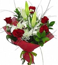 1 dal kazablanka 5 kırmızı gül buketi  Çiçek yolla Gölbaşı internetten çiçek satışı
