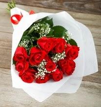 9 kırmızı gülden buket çiçeği  Ankara Gölbaşı 14 şubat sevgililer günü çiçek