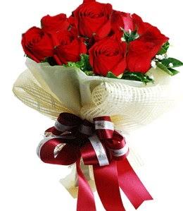 9 adet kırmızı gülden buket tanzimi  Gölbaşı çiçek gönder cicekciler , cicek siparisi
