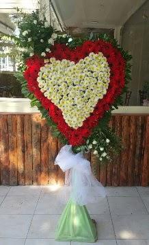 Düğün Nikah pano özel tanzimi  Gölbaşı çiçek siparişi yurtiçi ve yurtdışı çiçek siparişi