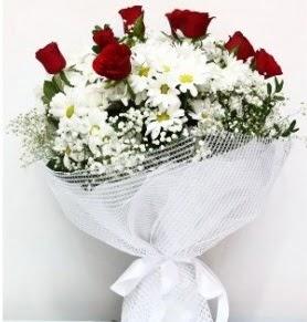 9 adet kırmızı gül ve papatyalar buketi  Gölbaşı çiçek yolla , çiçek gönder , çiçekçi