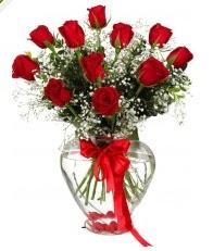 9 adet kırmızı gül cam kalpte  Ankara Gölbaşı çiçek siparişi vermek