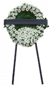 Cenaze çiçek modeli  Ankara Gölbaşındaki çiçekçiler ankara çiçek satışı