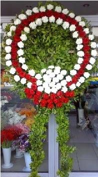 Cenaze çelenk çiçeği modeli  Gölbaşına çiçek , çiçekçi , çiçekçilik