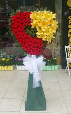 Yasin model ferförje kalp çiçek modeli  Ankara Gölbaşı çiçekçi uluslararası çiçek gönderme