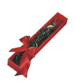 Ankara Gölbaşı hediye çiçek yolla  tek kutu gül sade ve sik
