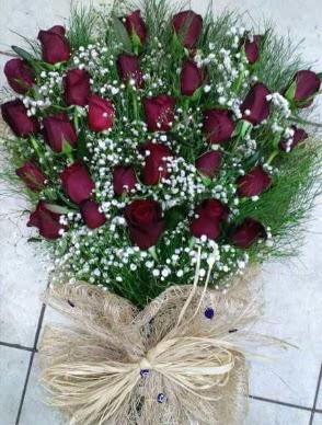 33 Adet gülden kız isteme çiçeği buketi  Ankara Gölbaşı hediye sevgilime hediye çiçek