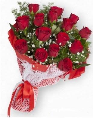 15 adet kırmızı gülden kız isteme buketi  Ankara Gölbaşı 14 şubat sevgililer günü çiçek