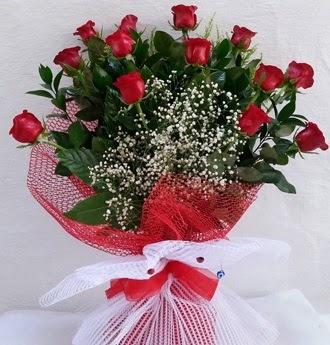 Kız isteme çiçeği buketi 13 adet kırmızı gül  Ankaradaki çiçekçiler Gölbaşı cicek , cicekci
