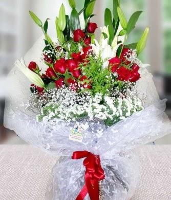 Kız isteme buketi lilyum gül  Ankara Gölbaşı 14 şubat sevgililer günü çiçek