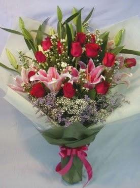 Kız isteme çiçeği buketi söz nişan çiçeği  Ankara Gölbaşı hediye sevgilime hediye çiçek