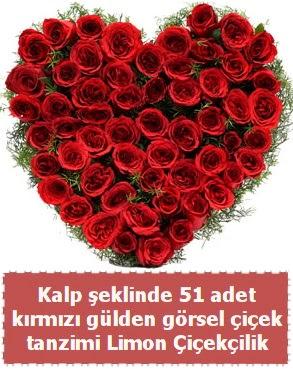 51 kırmızı gülden kalp şeklinde çiçek tanzim  Ankara Gölbaşı hediye sevgilime hediye çiçek