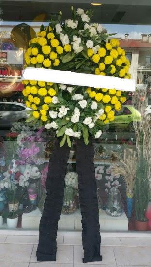 Cenaze çiçek modeli cenaze çiçeği  Gölbaşı anneler günü çiçek yolla