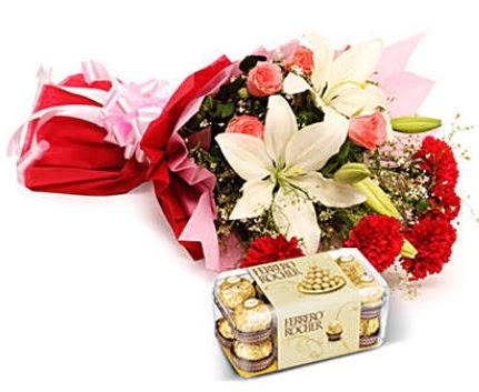 Karışık buket ve kutu çikolata  Gölbaşı çiçek online çiçek siparişi