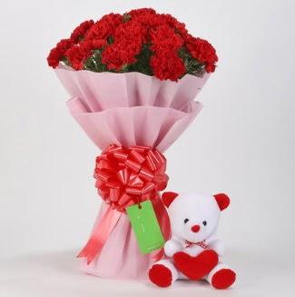 19 kırmızı karanfil buketi 15 cm ayıcık  Ankara çiçekçi Gölbaşı İnternetten çiçek siparişi