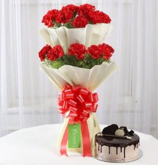20 adet kırmızı karanfil buketi ve yaş pasta  Gölbaşı çiçek gönder cicekciler , cicek siparisi