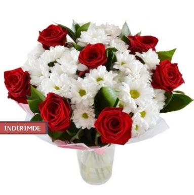 7 kırmızı gül ve 1 demet krizantem  Gölbaşı çiçek gönder cicekciler , cicek siparisi