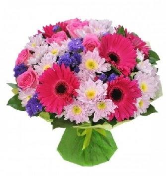 Karışık mevsim buketi mevsimsel buket  Ankara Gölbaşı hediye sevgilime hediye çiçek