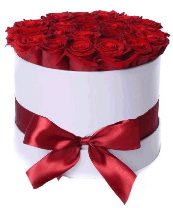 29 adet kırmızı gülden kutu çiçeği  çiçek siparişi Gölbaşı çiçekçiler