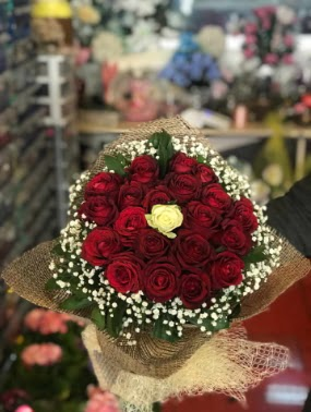 21 adet gül söz nişan çiçeği  Gölbaşı çiçek gönder cicekciler , cicek siparisi